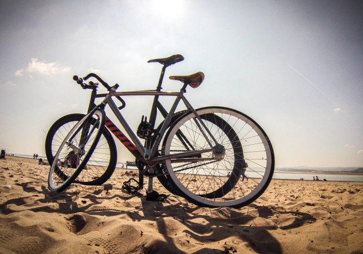 exmouth beach fixed gear