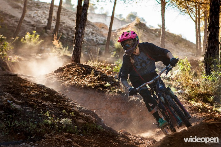 Juliet Elliott Roost MTB Malaga photo Dave Noakes
