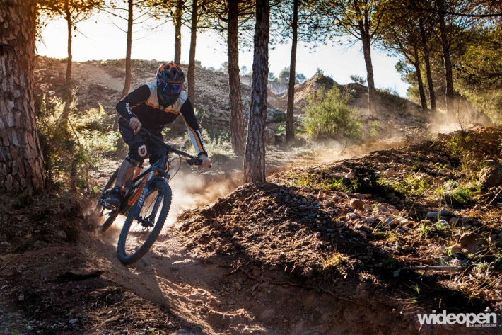 Dave Noakes Roost MTB Malaga photo Juliet Elliott